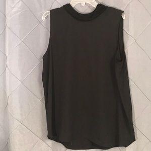 Simply vera vera Wang black mock neck tank blouse